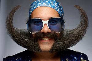 Уход за усами и бородой